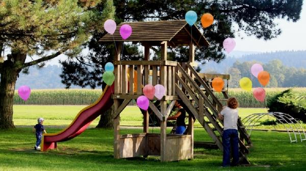 Palloncini per giochi in ludoteche, campi estivi